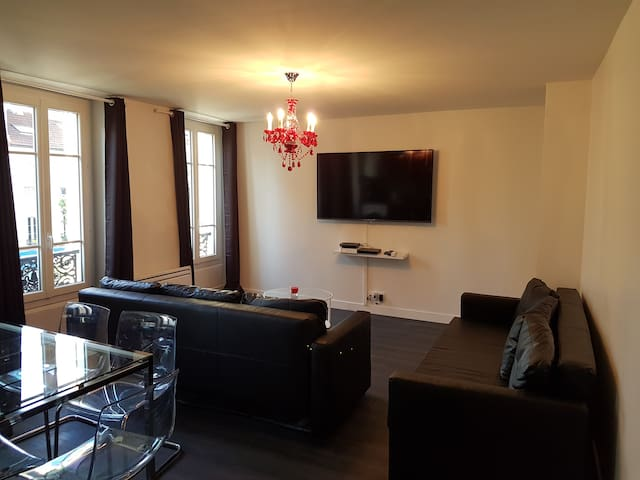 Apartment 10 min center Paris 30 min Disneyland