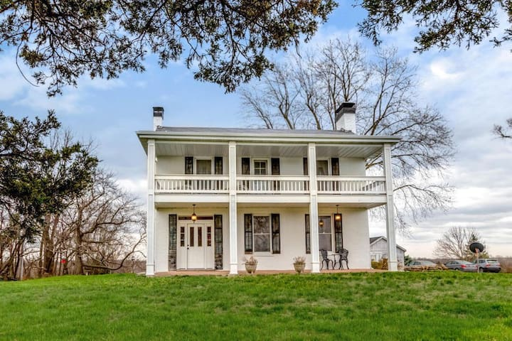 Well preserved historic civil war era home.