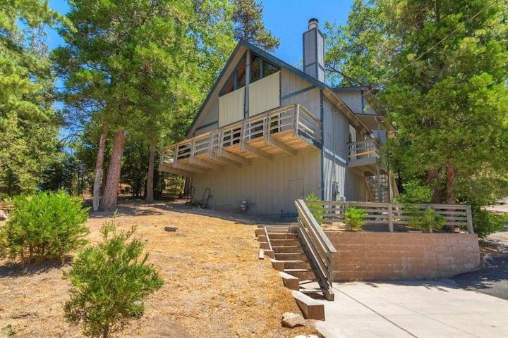 Grass Valley Retreat: great views