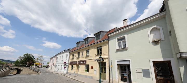 Stifts-Suite-gediegen residieren in Klosterneuburg