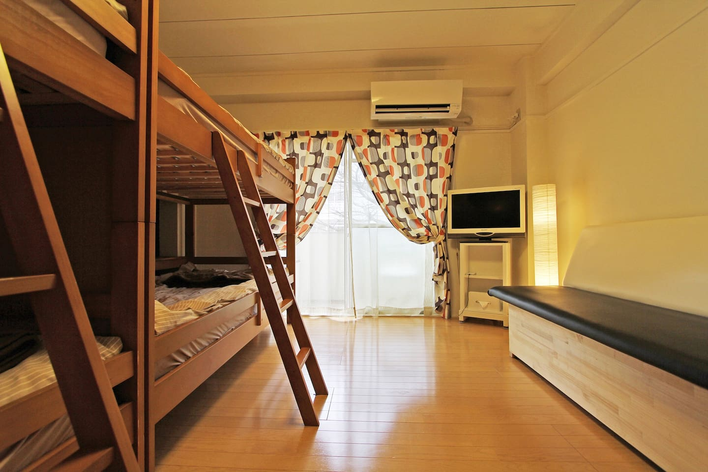 - Brand New AC (2016/Feb)  - FlatScreen TV. -Bench Sofa Bed for 5th person  to sleep