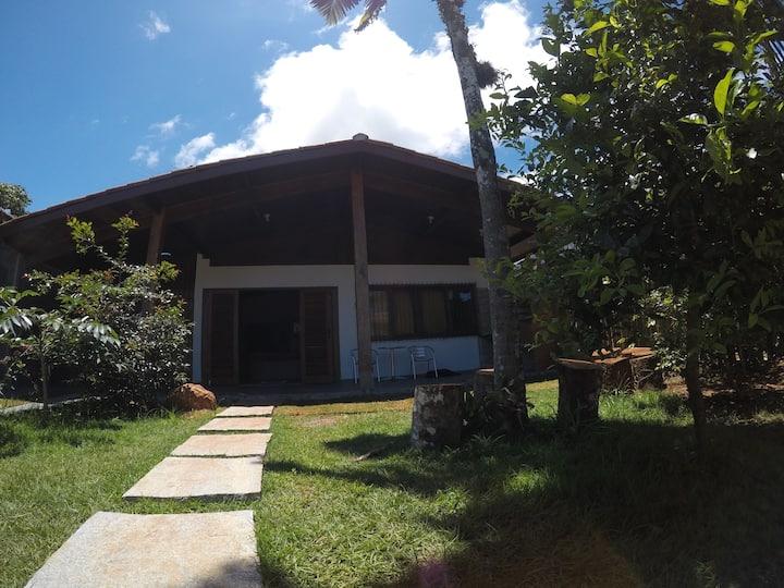 Casa térrea Ubatuba,praias:Lázaro e Sununga