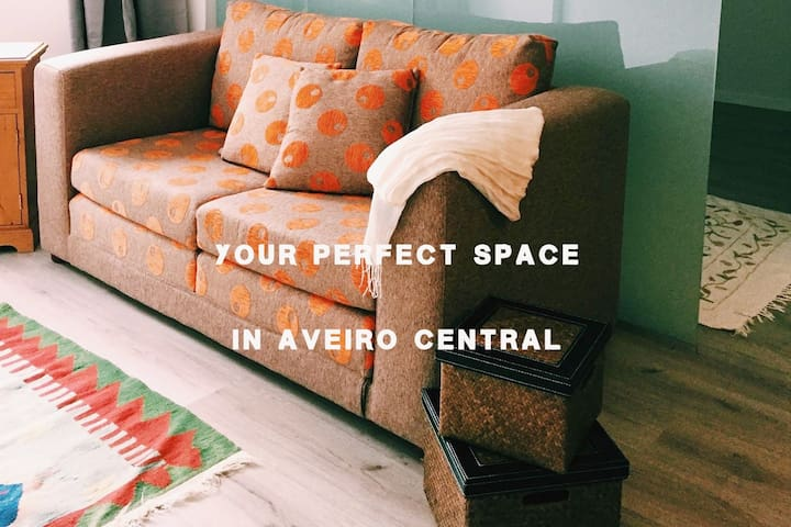Your Perfect Space in Aveiro Central w/ Parking !