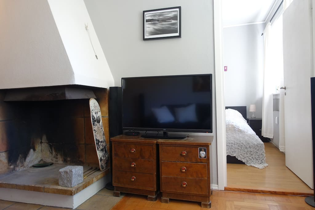 Fireplace and tv - entrance to main bedroom