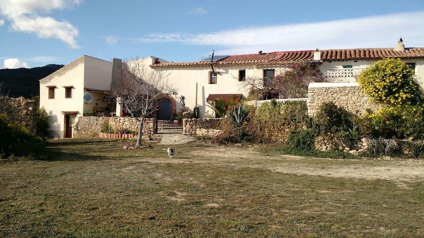 Casa rustica con vistas formidables - Les coves de vinroma - Hus