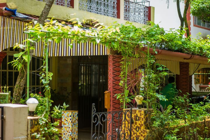 Spacious 2 Bedrooms Near Miramar Beach - Panaji - Byt