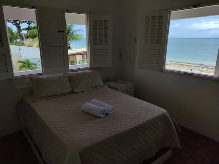 Quarto 2 frente mar, barra lounge