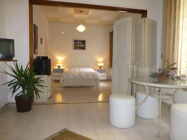 Apartamento Estudio para viajeros - Caracas - Leilighet