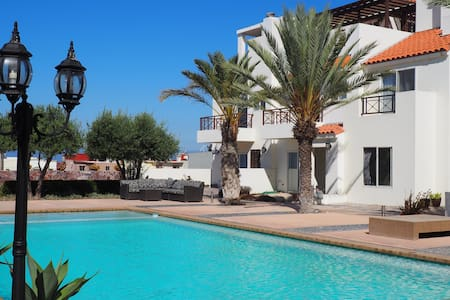 Casa con alberca cerca del mar. - Tijuana - House