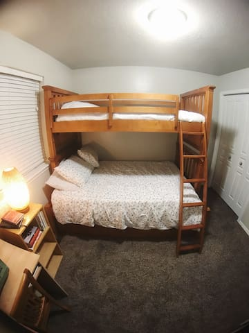 Private Family Bunkbed Room
