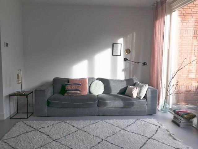 Nieuw Vacation Homes & Condo Rentals - Airbnb QI-69