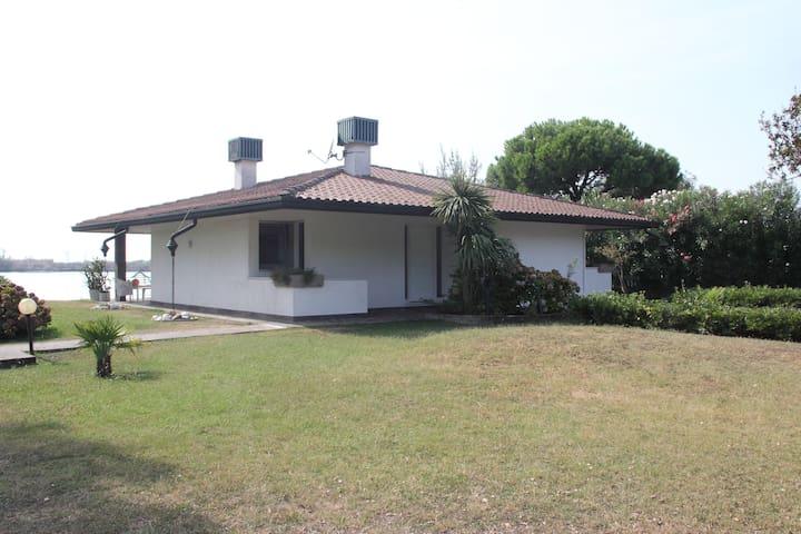 VILLA DEL TRAMONTO - Isola Albarella