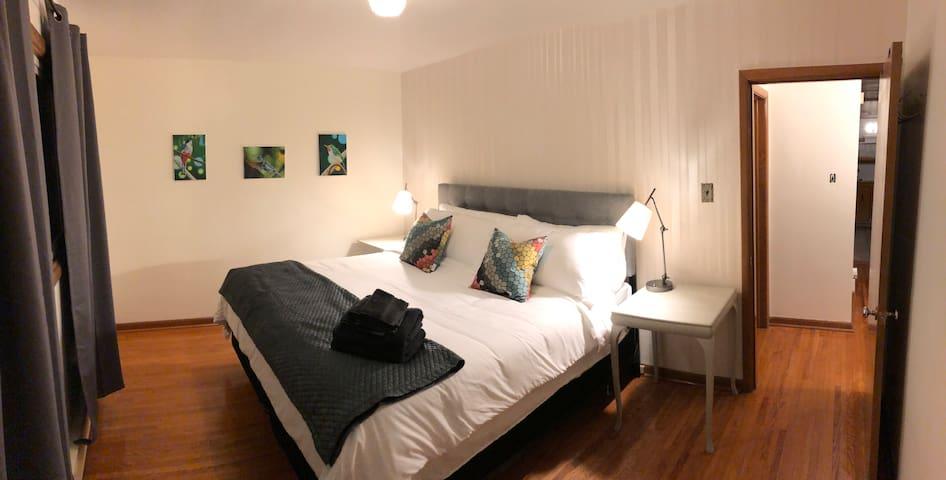 Niagara Central 3 bedroom apartment