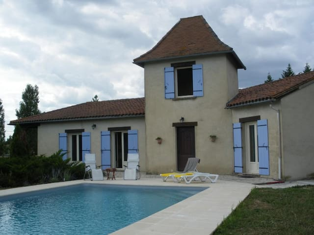 La Belle Petraie - Villa sleeps 8 - private pool - Issigeac - Villa