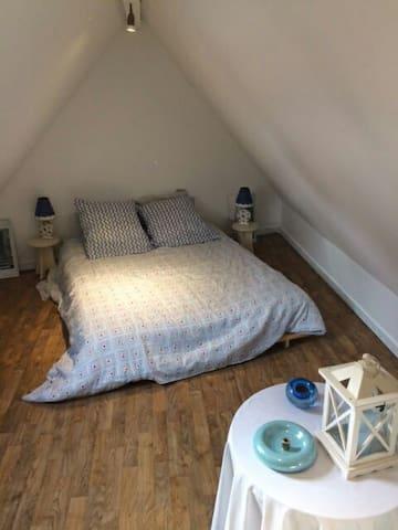 Chambre en mezzanine intimité assurée