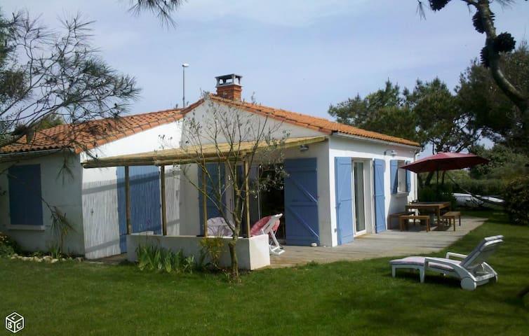 belle maison confortable face à la mer - Nieul-sur-Mer - Villa