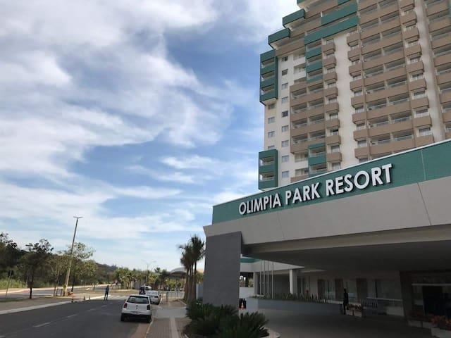 Você merece estar no Olimpia Park Resort! (CEO)