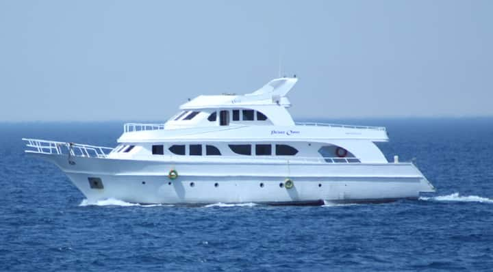 Prince Omar Yacht Charter Ain Sokhna, Porto Sokhna