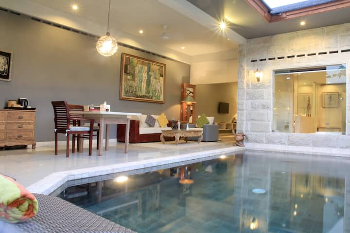 Entire Private 1 Bedroom Pool Villa in Jimbaran