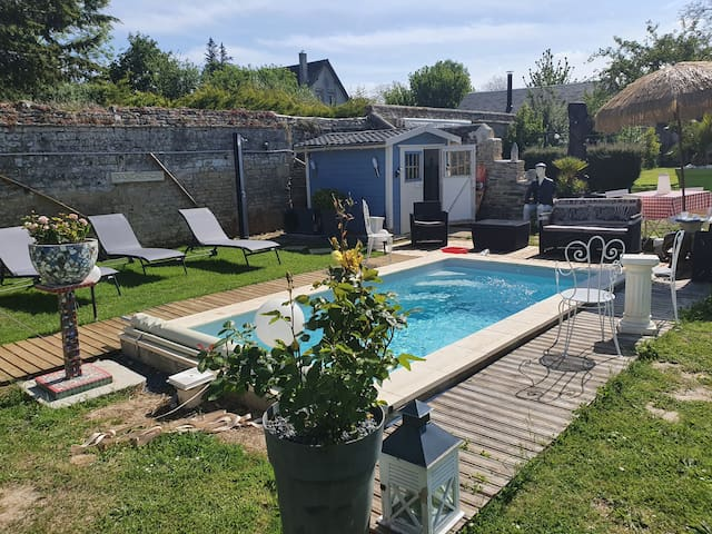 T1 jardin privatif Piscine-Jacuzzi privés 2/4 pers