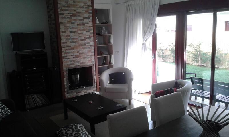 Habitación Individual en casa en Tizneros, Segovia