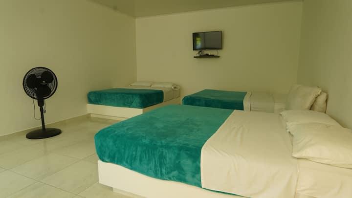 habitación Sextuple en el rancho de Andres.