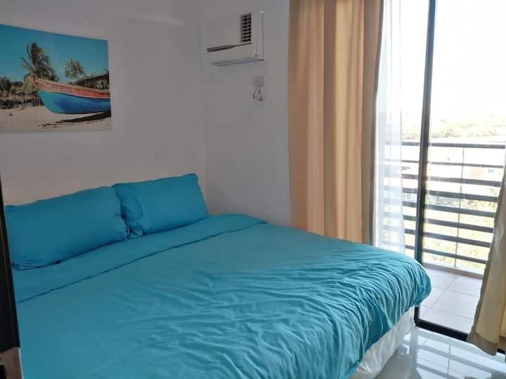 1 Bedroom with River View - Balcony | Great View!