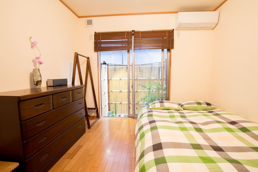 【first floor】double bed 140cmx180cm