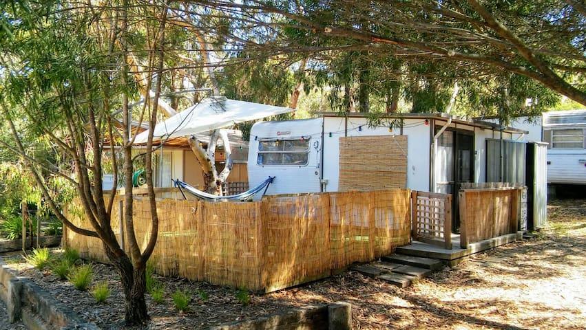 Surf Coast Cabin-Caravan - Jan Juc - Houten huisje