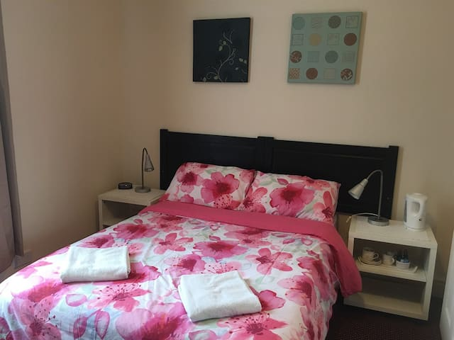 Ensuite double room with private bathroom