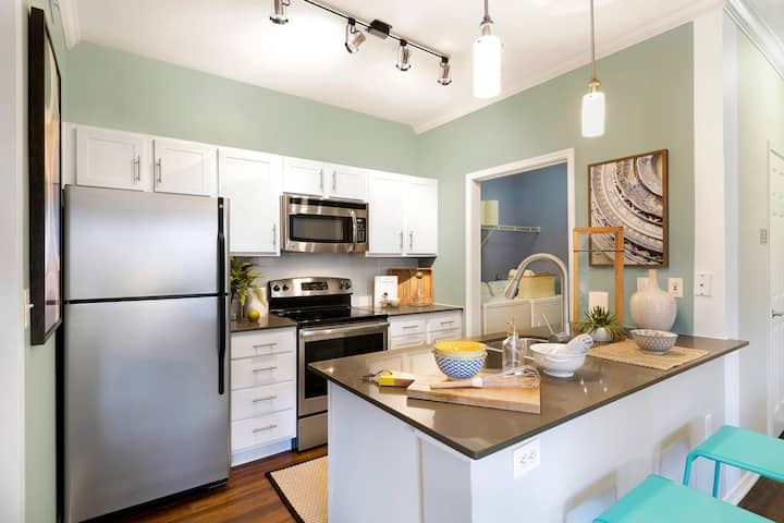 Clean, cozy place of your own | 2BR in Austin