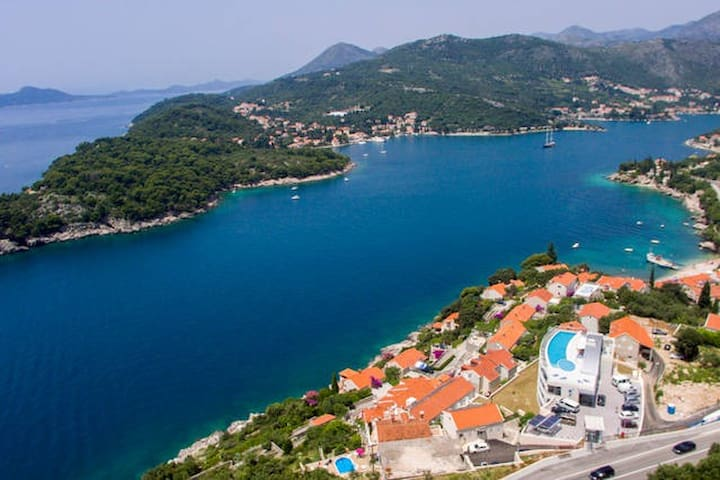 Hotel Villa Paradiso Deluxe Sea view 2 rooms - Dubrovnik - Bed & Breakfast