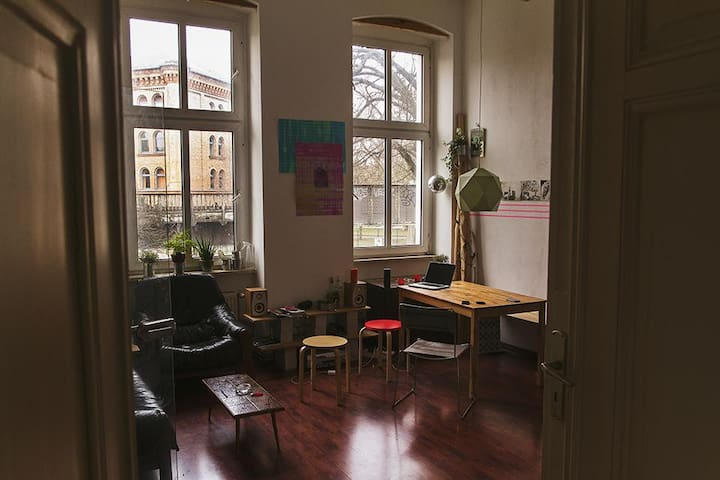 Cosy flat full of art in the heart of Kreuzberg