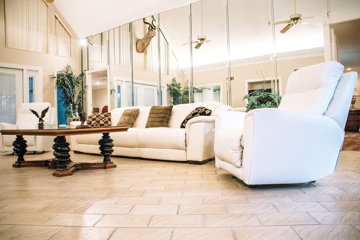 Luxurious Galleria Getaway | King Bed | Yard | 2BR