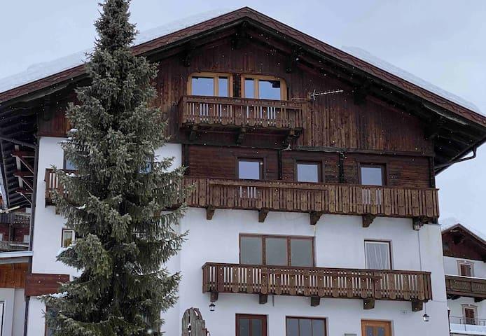 Bella Vista Lodge - Deluxe Family Room
