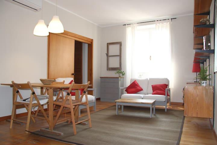 Giuli's apartment