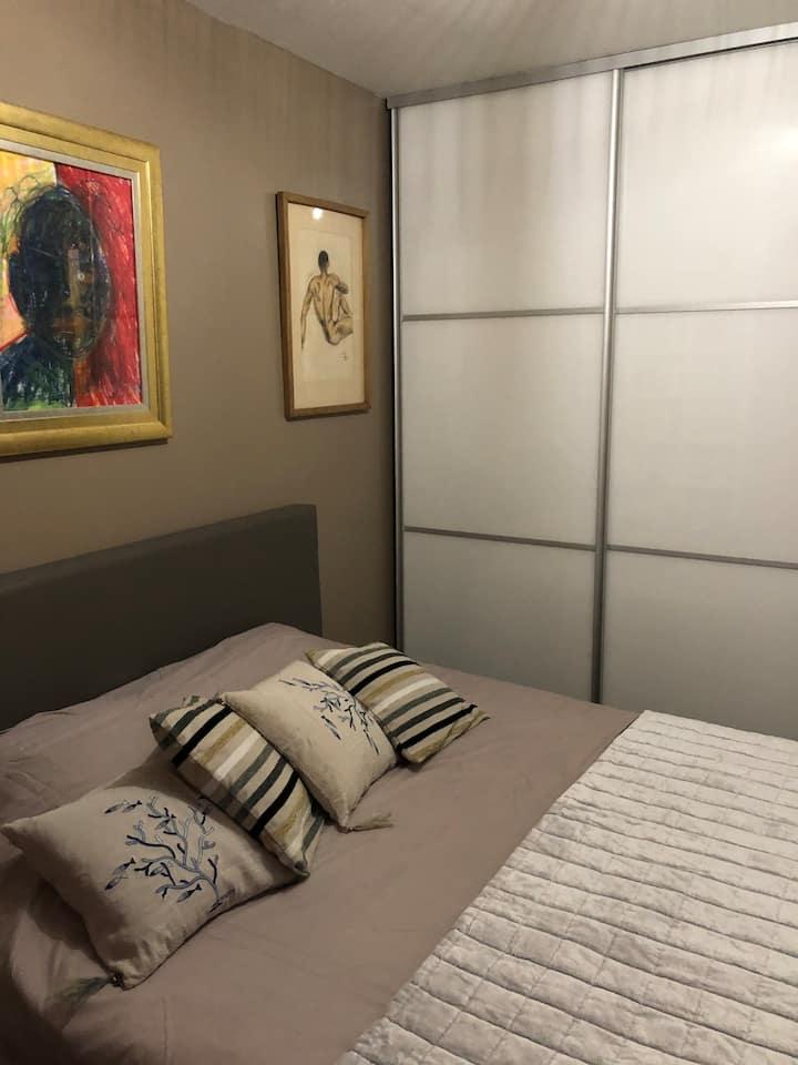 Chambre au Chartrons avec salle de bain  privé