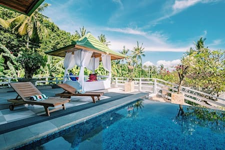 Villa Suari, Sea view Family room