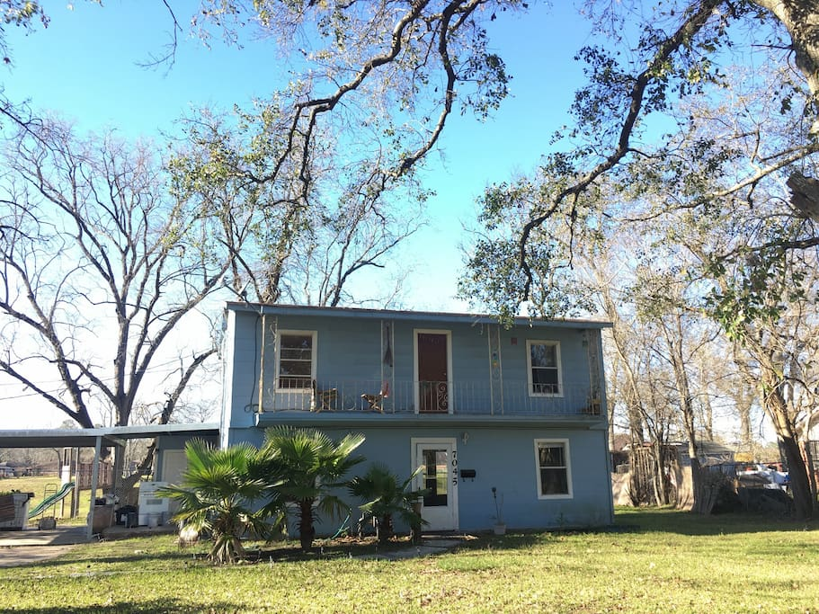 Lovely Bed & Breakfast  home on the Bayou.