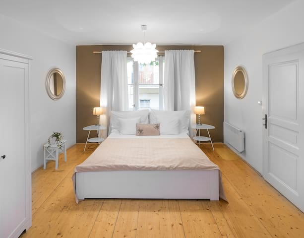 ABC Suites-Luxury studio Old Town