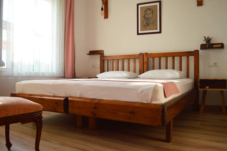 Double Room In The Center of Cunda Island