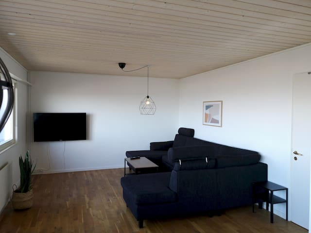 Tòrshavn Apartment - 2 bedroom apartment with a great view (A)