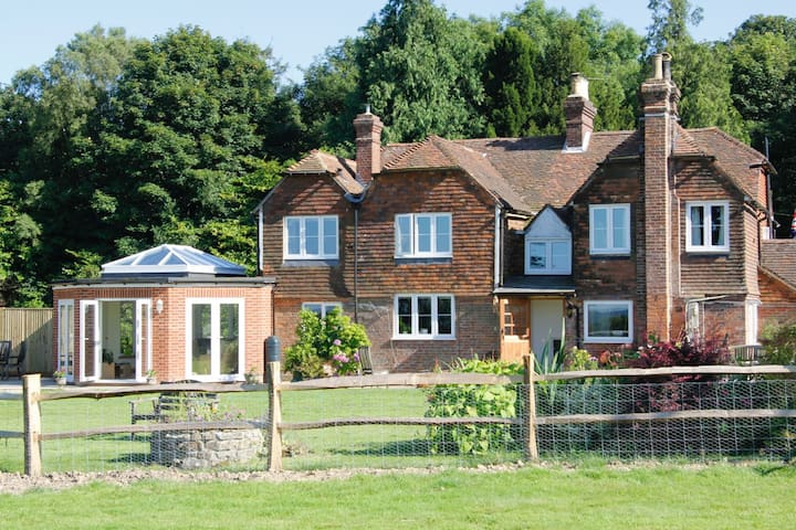 Bewl Rookery, country views and comfort. - Wadhurst - Bed & Breakfast