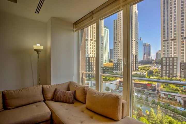 Luxury 1-bedroom apartment in Maslak