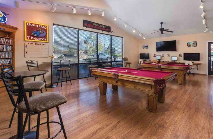 Pool room inside Bear Rec Center-for guest use