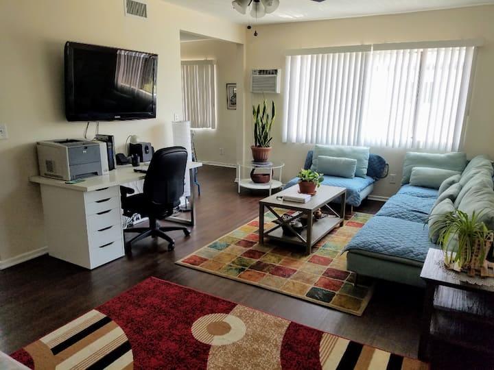 2+BR w/tons of beds | Dodger Stadium-LA River area