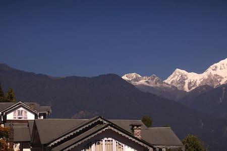Norbu Ghang Resort - Denzong Suite rooms - Pelling