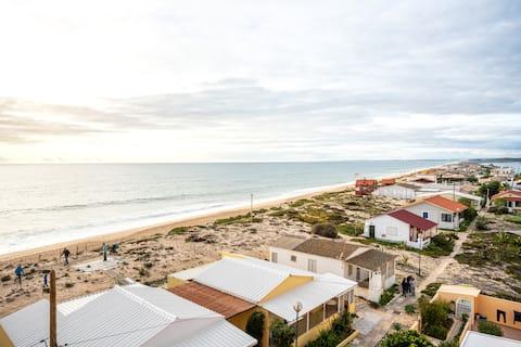 НОВЫЕ! Benya Apt, Faro Beach, в нескольких шагах от моря!