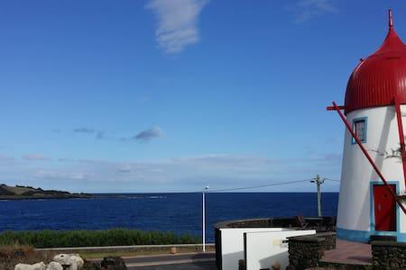 Moinho em frente ao mar - Santa Cruz Da Graciosa - Βίλα