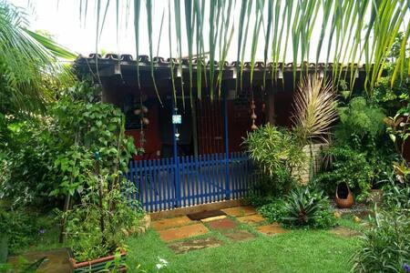 Suite  em Prado  p/3  com entrada independente